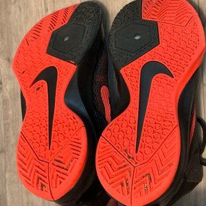 """Nike Shoes - MEN'S NIKE ZOOM """"WITHOUT A DOUBT"""" SIZE 7.5"""